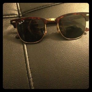 Ray- Bans clubmaster