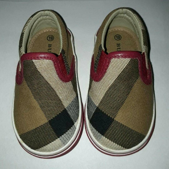 f2414cf83fb5f Authentic Burberry Linus slip on shoes