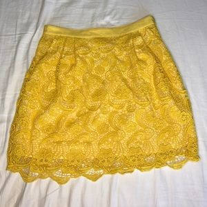 Club Monaco Yellow Embroidered Skirt w/ pockets