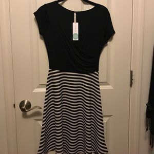 NWT Gilli Black white wrap dress Stitch Fix small