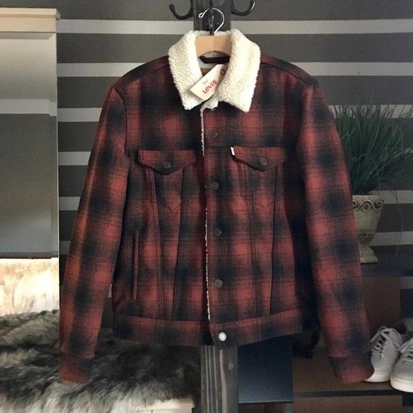Levi's Jackets & Coats