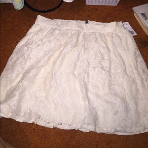 Forever 21 off white floral high waisted skirt