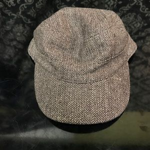 Women's Trendy Brown Newer Gap Hat Very Cute!!