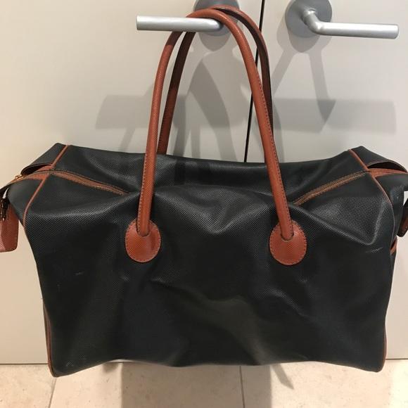 2ff8b6acb68a Bottega Veneta Handbags - BOTTEGA VENETA authentic Marco Polo medium duffle