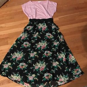 Lularoe Lucy outfit NY and Co pink blouse