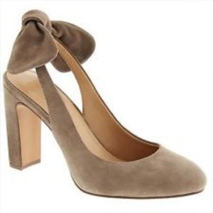 Banana Republic Suede Bow Heel