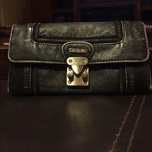 Roxy Zipper Wallet