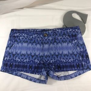 American Eagle Shortie Stretch size 6