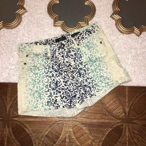 Jessica Simpson Forever Low Rise Floral Shorts