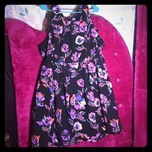 Flower pattern dress