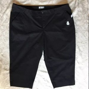 Old Navy Chino Tummy Trimmer Crop Pants Black 28