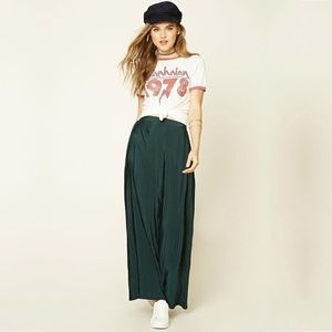 Forever 21 Emerald Accordion Pleated Maxi Skirt