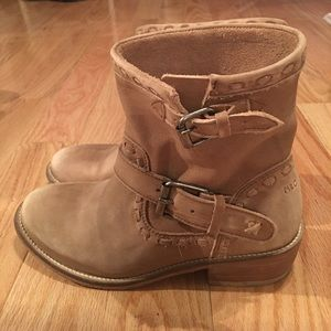 Musse & Cloud leather boots. Worn once. Brand New
