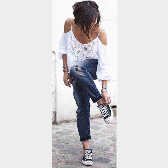 Converse Black Dainty Lowtop Sneakers