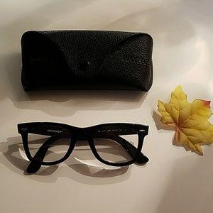Ray Ban Eyeglasses! 🍃