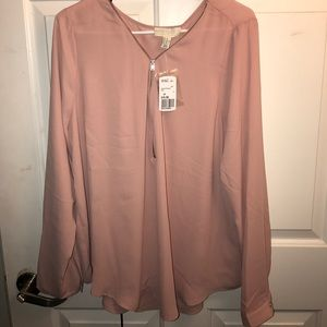 Blush pink chiffon top PLUS SIZE NEWTags attached