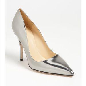 Kate Spade licorice too metallic silver pumps