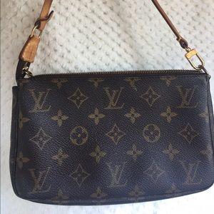 """Louis Vuitton """"Mini""""pochette accessories"""