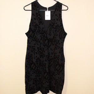 NWT-Black Mini Dress w. Black Velvet Floral Print