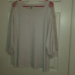 Forever 21 knit top with lace detailing 3x