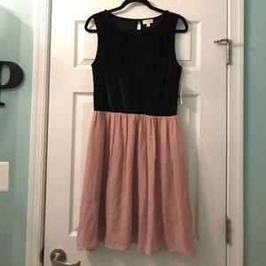 New Maison Jules Dress Velvet size large