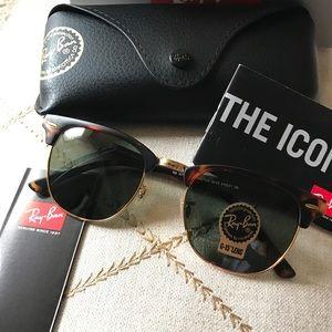 Tortoise and black ray ban club master sunglasses
