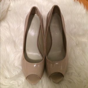 Nine West nude open toe heels
