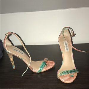 Steve Madden stecy ankle strap floral snake heels