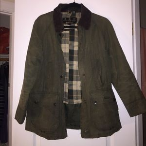 Barbour Beadnell in sage, size 8