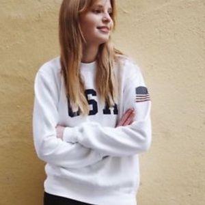Brandy Melville USA Flag cream Sweatshirt O/S nwot