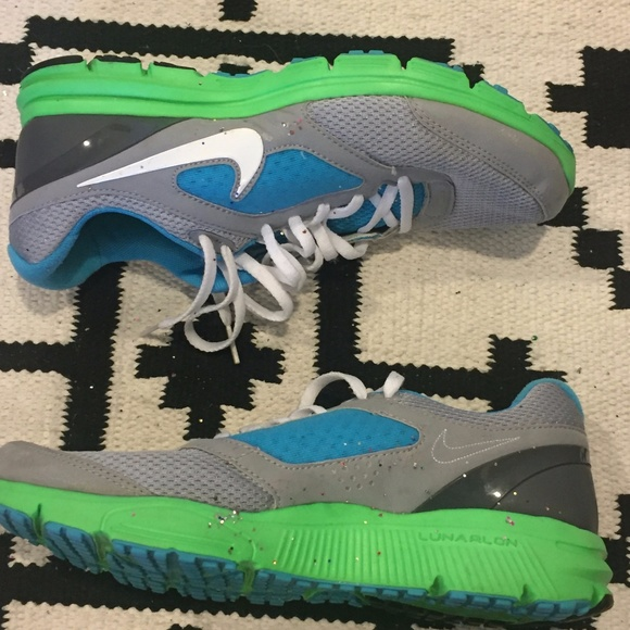 Nike Shoes - Nike Fitsole green and blue  tennis shoes