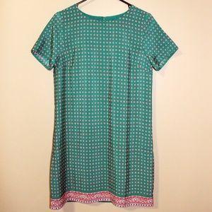 NWT Printed Short Sleeve Gallery Dress