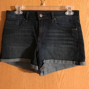 Jessica Simpson blue jean shorts