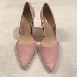 Banana Republic Pink Pumps