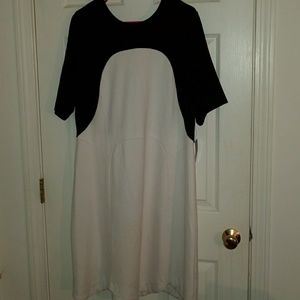 Eloquii dress with scalloped bottom 18 NWT