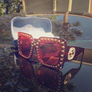 Women's Runway Gucci sunglass