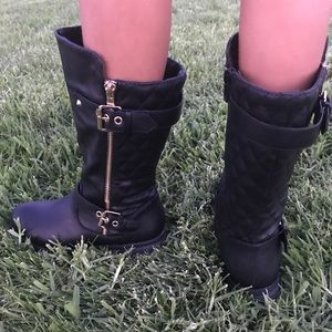 Other - 🎉SALE🎉Girls Black boot