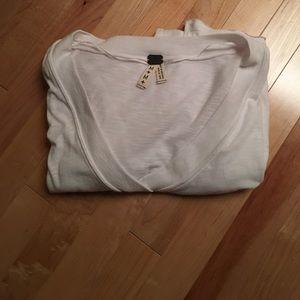 Short-sleeved Oversized White T-Shirt