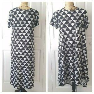 LuLaRoe short sleeved black and white Carly dress
