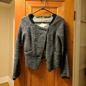 Cropped fall sweater jacket