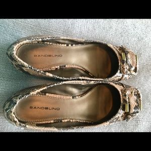 Bandolino Shoes - Bandolino snakeskin flats with small heel