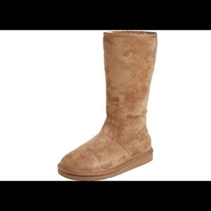 UGG Tall Boots w/zipper NIB