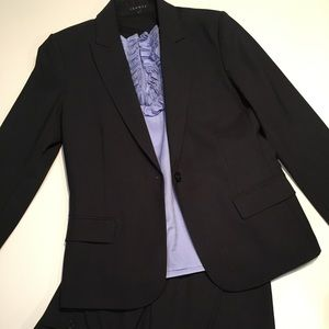 Theory Dark Navy Blue Pant Suit
