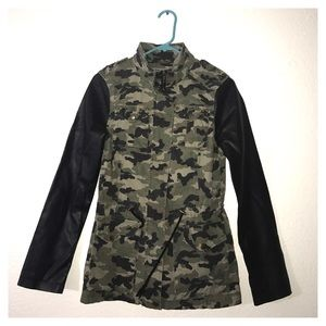BLANC NOIR army jacket faux leather good condition