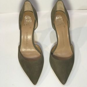 Banana Republic suede green pump