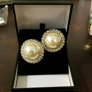 Jewelry - Vintage Costume Pearl and Rhinestone Earrings