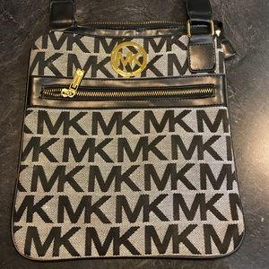 Handbags - Michael Kors Crossbody Bag (Not Original)