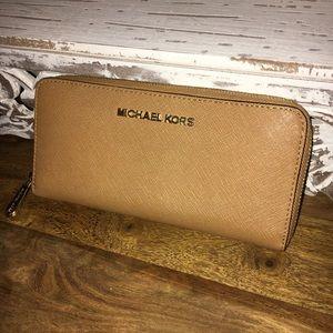 Michael Kors Zip Around Continental Leather Wallet