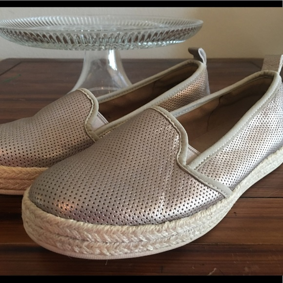 e7c63695a36c Clarks Shoes - Metallic Gold Leather Clarks Slip On Sneakers