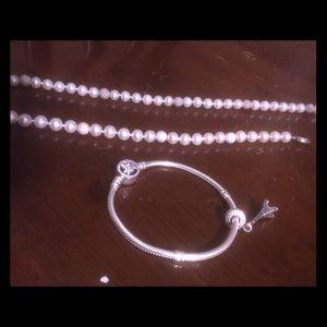 Authentic freshwater pearls/pandora bracelet+charm
